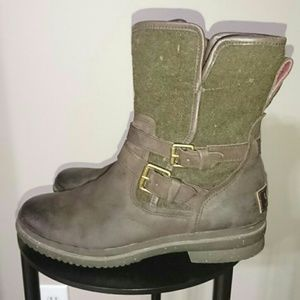 Ugg brown Simmens waterproof leather boots 8.5